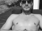 Nicklas Bendtner Instagram foto sun sunbathing