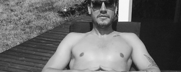 Nicklas Bendtner Instagram foto sun sunbathing