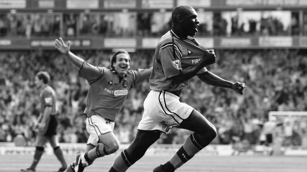 Shaun Goater Manchester City Maine Road Derby