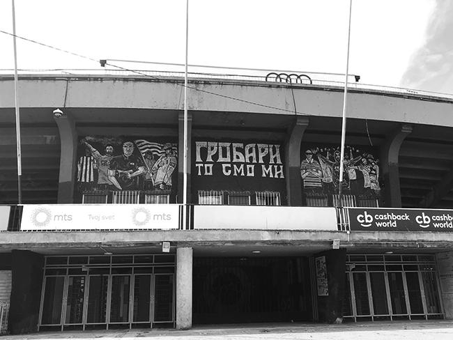 "#BegbieOnTour ep. 19 - Urlare ""Tzigani!"" allo stadio del Partizan Belgrado Grobari"