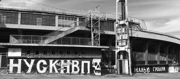 """#BegbieOnTour ep. 19 - Urlare """"Tzigani!"""" allo stadio del Partizan Belgrado"""