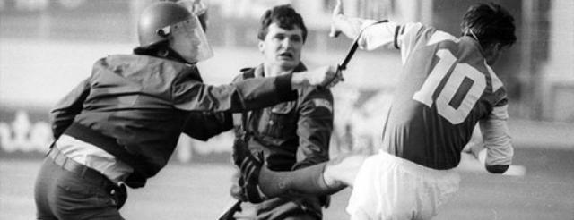 Zvonimir Boban Croazia Jugoslavia Dinamo Zagabria Stella Rossa Belgrado calcio poliziotto tifosi